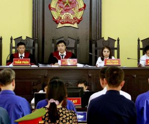 Nâng điểm thi THPTQG cho 107 thí sinh Hà Giang: Sếp giáo dục nói gì trước tòa?
